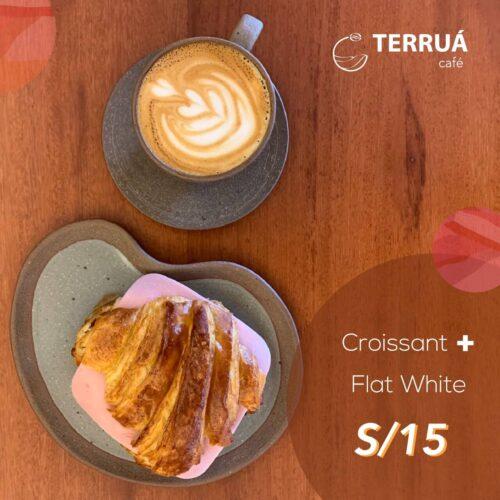 Croissant + flat white (1)